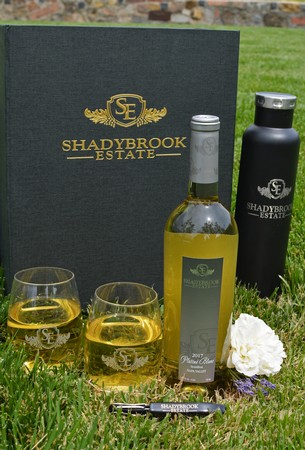 Shadybrook Picnic Gift Set